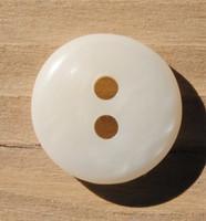 Luonnonvalkoinen nappi,  14 mm