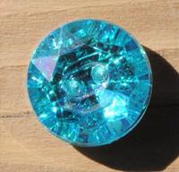 Säihkyvä nappi, 12 mm, kolme väriä