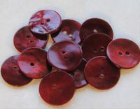 Tummanpunainen helmiäisnappi, 18 mm