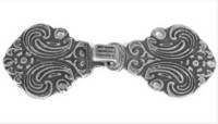 Koristehakanen, patinoitu hopea, 70 x 30 mm
