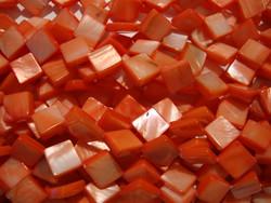 Simpukkahelmi punainen 10 x 10 (n.29/nauha)