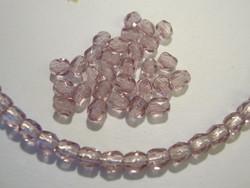 Tsekkiläinen fasettihiottu lasihelmi pyöreä vaalea ametisti 4 mm (100/pss)