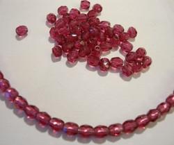 Tsekkiläinen fasettihiottu lasihelmi pyöreä tumma vadelman punainen 4 mm (100/pss)
