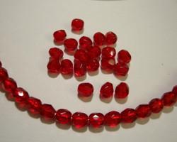 Tsekkiläinen fasettihiottu lasihelmi pyöreä rubiinin punainen 4 mm (n.100/pss)