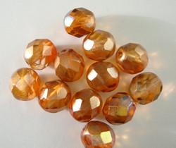 Tsekkiläinen fasettihiottu lasihelmi pyöreä oranssi/aprikoosi 8 mm (20 kpl/pss)