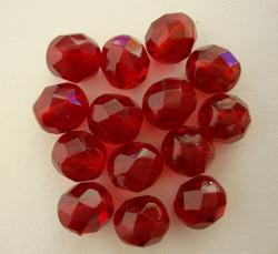 Tsekkiläinen fasettihiottu lasihelmi pyöreä rubiininpunainen 8 mm (20/pss)