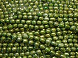 Makeanvedenhelmi oliivinvihreä 5 x 7 mm (n. 52/nauha)