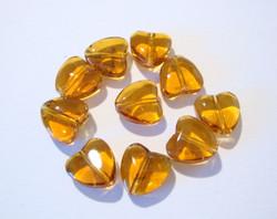 Lasihelmi meripihkanvärinen ruskea sydän 8 mm (20 kpl/pss)
