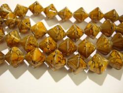 Lasihelmi 'Hyrrä' pintavärjätty caramel  ruskea10 mm (20 kpl/pss)