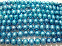 Makeanvedenhelmi vaalean sininen pyöreähkö n. 6 mm (n. 37 cm nauha)