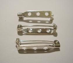 Rintakorupohja hopeoitu 3 reikää 30mm x 5 mm (10 kpl/pss)