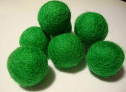 Huovutettu helmi ruohon vihreä n. 23 mm (5 kpl/pss)