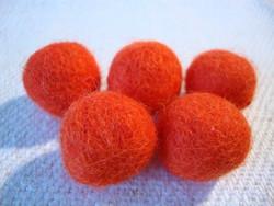 Huovutettu helmi oranssi n. 23 mm (5 kpl/pss)