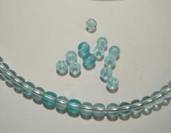 Tsekkiläinen lasihelmi akvamariini kirkas pyöreä 4 mm (50/pss)