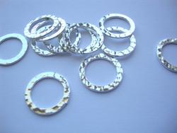 Korulinkki / linkkirengas pyöreä hopeoitu 16 mm (12 kpl /pss)