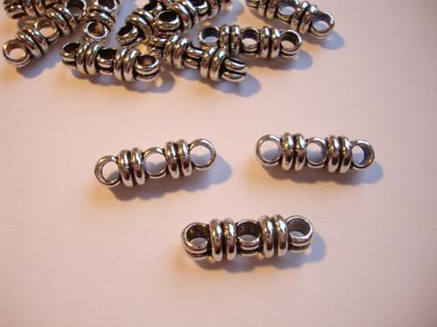 Korulinkki/nauhanjakaja (divider) antiikkihopeoitu 3:lle nauhalle 6 x 20 x 6 mm (10 kpl/pss)