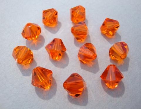 Swarovski kristallihelmi oranssi bicone 8 mm (4/pss)