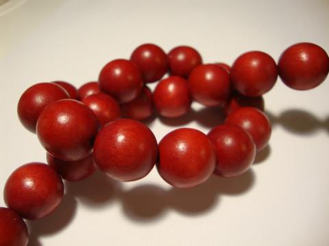 Puuhelmi karpalon punainen pyöreä 16 mm (10 kpl/pss)