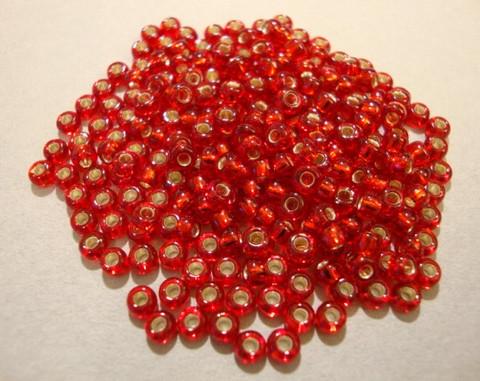 Siemenhelmi punainen hopeareuna 8/0 3 mm (20 g/pss)