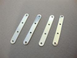 Nauhanjakaja 4 reikää 28 x 4 mm, reijänväli n.9 mm (5 kpl/pss)