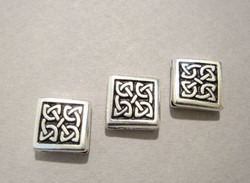 TierraCast Metallihelmi Celtic hopeoitu 10 x 10 mm