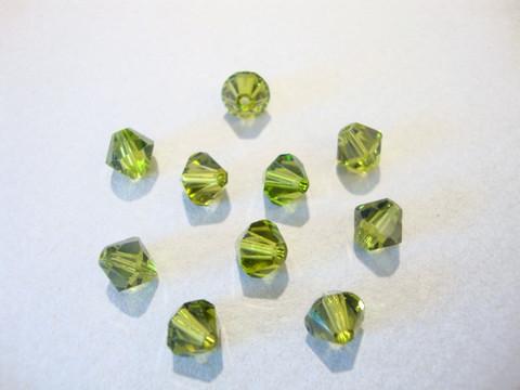 Swarovski kristallihelmi oliivin vihreä 6 mm (4 kpl/pss)