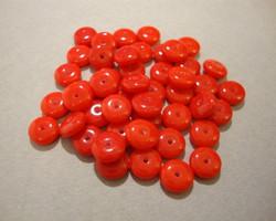 Tsekkiläinen lasihelmi opaakki punainen rondelli 6 mm (10/pss)