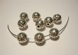 Metallihelmi pyöreä Deco antiikkihopeoitu 8 mm (4 kpl/pss)