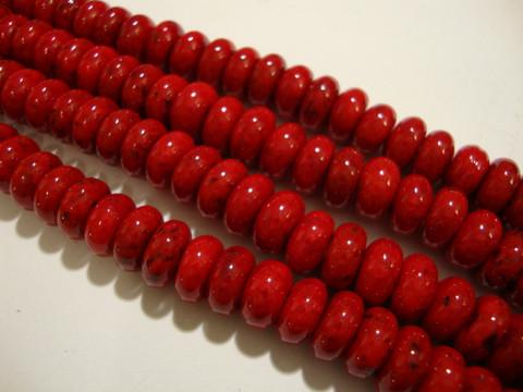 Marmori värjätty punainen rondelli 8 x 4 mm (25 kpl/pss)