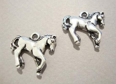 TierraCast Riipus Varsa (hevonen) hopeoitu 20 mm