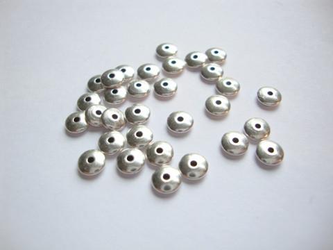 Metallihelmi / välihelmi antiikkihopeoitu 5 x 1,5 mm (20 kpl/pss)