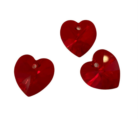 Swarovski kristalli sydänriipus punainen (Siam) 14 mm