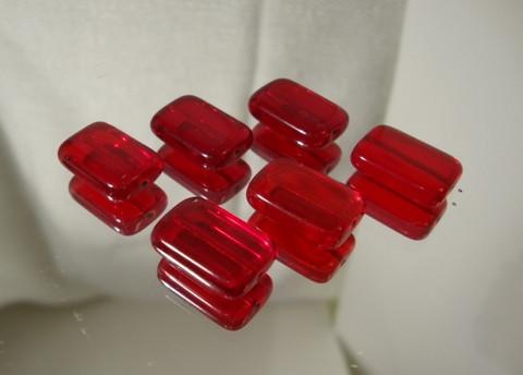 Tsekkiläinen lasihelmi punainen suorakulmio 15 x 10 mm (10/pss)