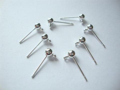 Korvakorutappi hopeoitu 4 mm pallolla ja ripustuslenkillä (20 kpl/pss)