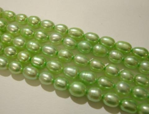 Makeanvedenhelmi vaalea vihreä soikea 6 x 5 mm (37 cm nauha)