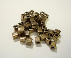 Miyuki siemenhelmi kuutio 3.5-3.7 mm opaakki metalli antiikkikulta/pronssi SB457 (10 g/pss)