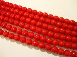 Tsekkiläinen lasihelmi opaakki punainen pyöreä 6 mm (50/pss)