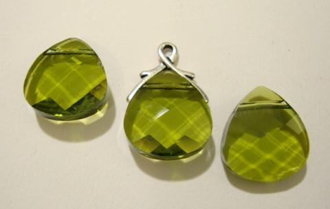 Swarovski kristalli brioletti oliivin vihreä (6012) 15 x 14 mm