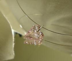 Swarovski kristalli sydänriipus vaalean punainen (Rosaline) 17 mm