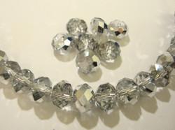 Kristallihelmi kirkas hopean värisellä pintakäsittelyllä 8 x 6 mm (10/pss)