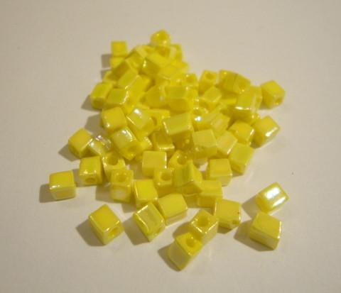 Miyuki siemenhelmi kuutio 3.5-3.7 mm opaakki sateenkaari keltainen SB404R (10 g/pss)
