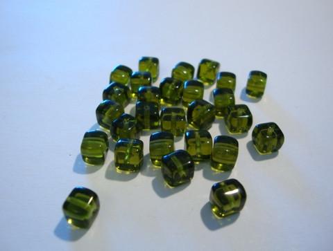 Tsekkiläinen lasihelmi oliivin vihreä kuutio 7 x 5 mm (10/pss)