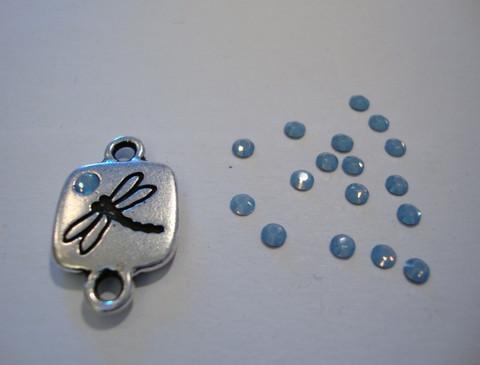 Swarovski strassi vaalean sininen  tasapohja 2,6 mm SS9 (10/pss)