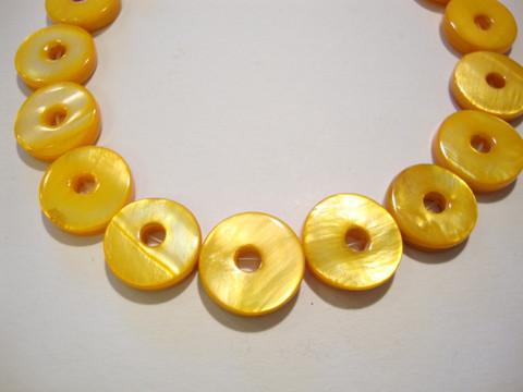 Simpukkahelmi keltainen donitsi 13 mm (10/pss)