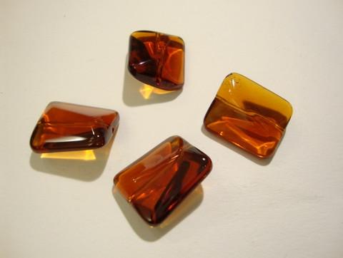 Lasihelmi suorakaide konjakin ruskea 18 x 15 mm (4/pss)
