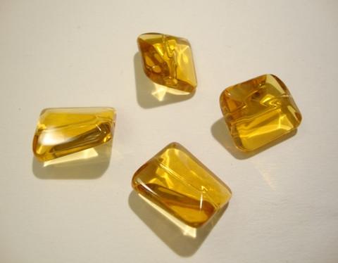 Lasihelmi suorakaide meripihkan värinen 18 x 15 mm (4/pss)