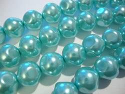 Helmiäislasihelmi 6-fasettinen vaalea taivaan sininen 12 mm (10/pss)