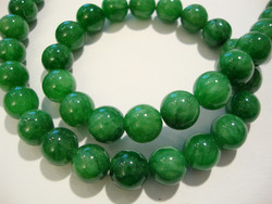 Marmori värjätty vihreä pyöreä 8 mm (25/pss)