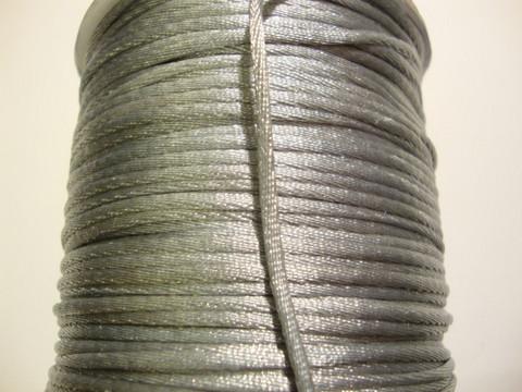 Satiininauha hopea/vaalea harmaa 2 mm (m-erä 2 m)