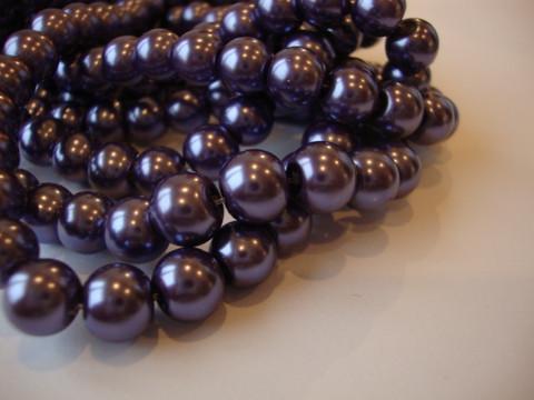 Helmiäislasihelmi tumma lila (tanzanite) 8 mm (50 kpl/pss)